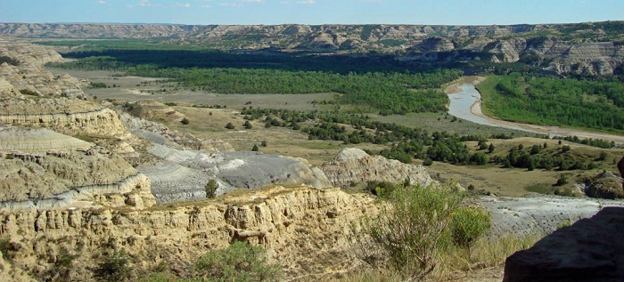 Little_Missouri_River_North_Unit_TR_National_ParkSMALL