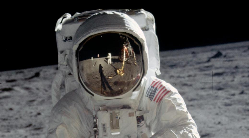 Moon-landing-NASA-main